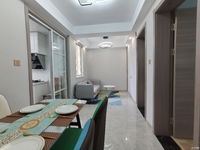 全新精装 二室二厅 户型好 知名学区
