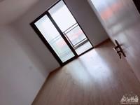 湖东府 117平 中高楼层 简单装修 满2年 学籍在 总价带车位 看房有钥匙