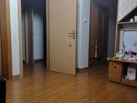 中大绿色家园5楼带阁楼3室2厅1卫中档装修学籍没有用过103万一口价卖到年底