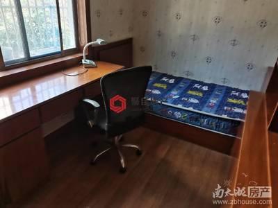 西白鱼潭小区110平方三室两厅良装!2500元/月