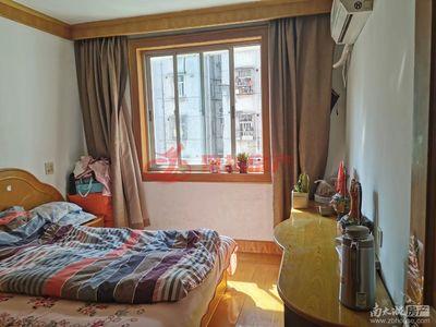 青塘小区黄金多层、两室两厅、阳光保养好