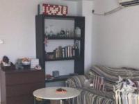 阳光水岸 一室一厅 63平 精装 空,热,彩,冰,洗,床,家具 1800元