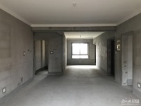 滨江十里春晓洋房5楼,127平,毛胚,带两个车位。