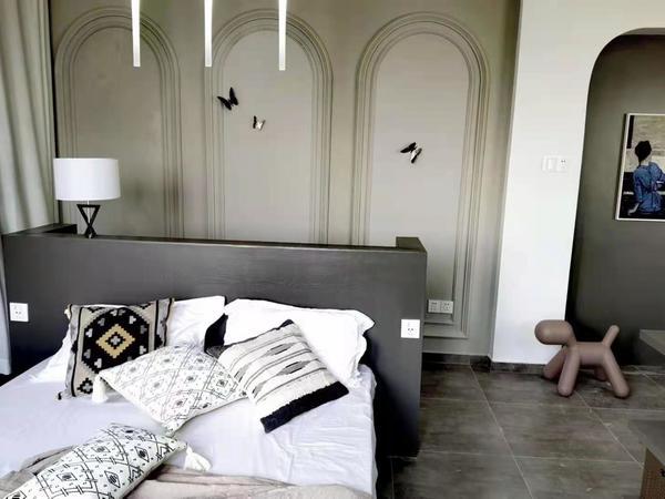 江南华苑小型复式 2室2厅 两层90.4平方 楼上楼下各40多平方