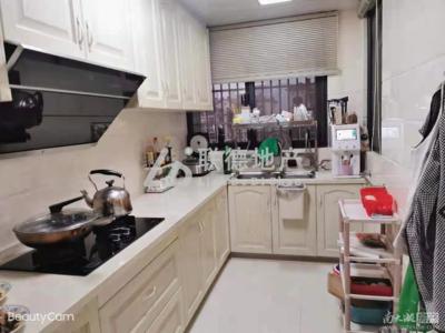 最新推荐卡丽兰 居家精装三室二厅户型好
