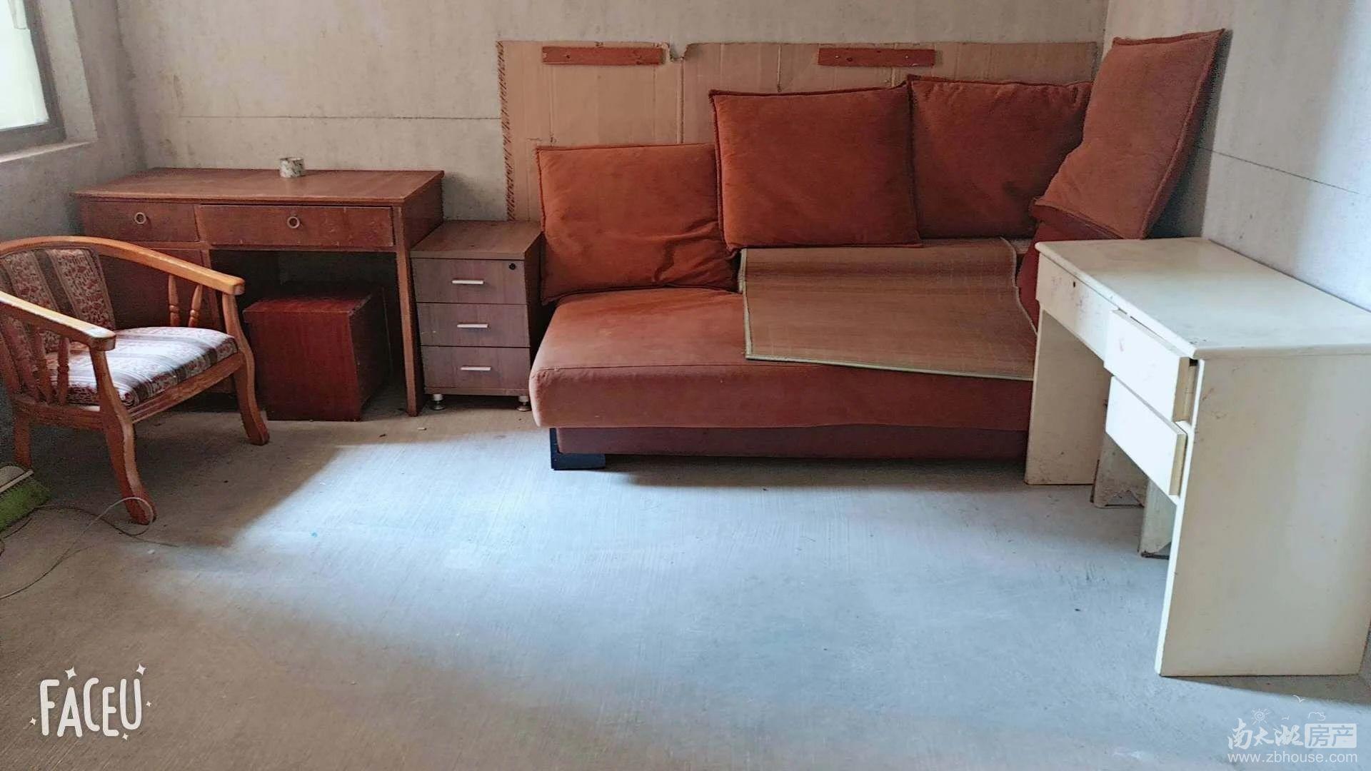 怡和家园 二室二厅 80平 简装 家电家具齐全 1200元