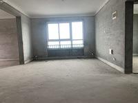 望湖花园26楼 125平方 三室二厅二卫毛坯180万