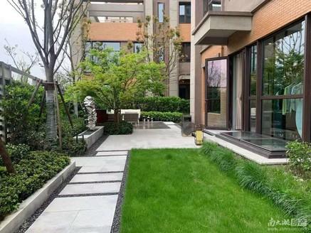 东部联排商墅 均价9800 自住投资两不误 对口名校 送花园 来电价格可谈