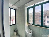 3178 都市家园5楼带阁楼面积75平方实际面积100平方18年婚装105.8万