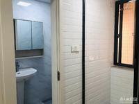 紫云小区良庄三室拎包入住,家具家电齐全车库独立位置好,出行方便