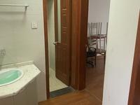 日月城 二室一厅 60平 精装 空,热,彩,冰,洗,床,家具 1800元
