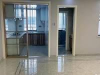 月河小区 多层3楼 两室两厅 精装修 满两年