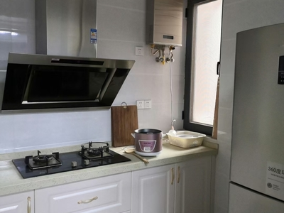 最新推荐怡和家园 居家装二室二厅 首次出租