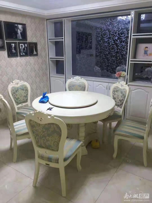 三洋阳光海岸 三室二厅 100平 精装 空,热,彩,冰,洗,床,家具 2800元