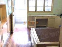 龙溪小区 2室1厅1卫 1600元/月 59平