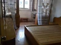 文苑新村 三室一厅 70平 良装 空,热,彩,冰,洗,床,家具 1700元