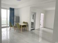 天际大面积精装出租 楼层好 房间空间大