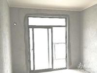 朝阳里 中上楼层 62平 全新毛坯 市中心地段 看房方便