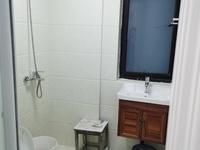 中梁国宾府 二室一厅 60平 精装 空,热,彩,冰,洗,床,家具 2400元