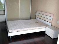 星海名城32楼,125平三室良装,3500/月