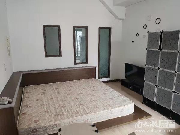 中大绿色家园3楼102平精装修2399一月