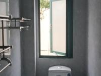红丰新村 三室一厅 62平 新装 空,热,彩,冰,洗,床,家具 1500元