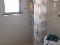 金泉花园 一室一厅 50平 良装 空,热,彩,冰,洗,床,家具 1500元