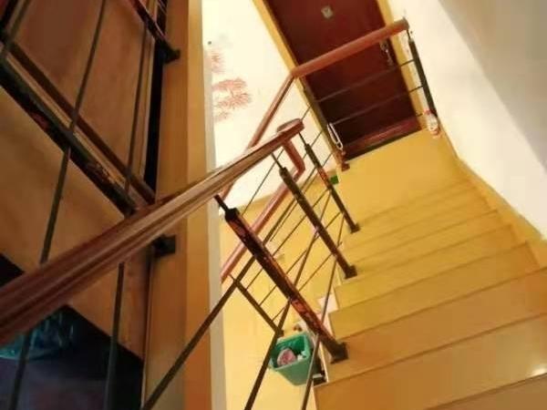 富丽家园5楼较好装阳光好河景房前后露台自行车库7平汽车库另售看房方便