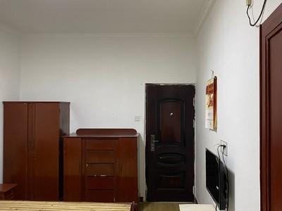 租3613 吉山二村 1楼 40平1室1厅 家电齐全 1100元
