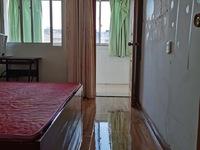 出租凤凰二村1室1厅1卫35平米1200元/月 设施齐全拎包入住 带车库