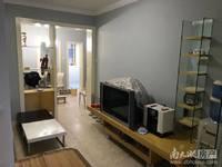 华丰小区车库上一楼 63方两室两厅较好装修 租金2000 拎包入住