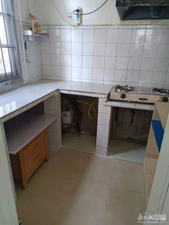 墙壕里小区1楼带院子2室一厅较好装管道燃气拎包入住看房方便