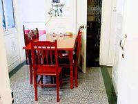 吉山四村 三室一厅 60平 良装 空,热,洗,床,家具 1300元