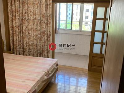 凤凰二村4楼65平两室两厅居家良装满2年明厨明卫,不是标套看房方便86万诚心售