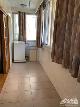 凤凰二村 两室两厅 标套 满两年 车库独立