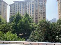 星汇半岛2楼124平方结婚精装 车位173万