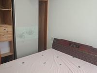 东湖家园 二室一厅 60平 精装 空,热,彩,冰,洗,床,家具 2000元