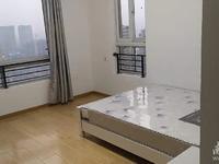 爱家华城出租:中等装修,单间带独立卫生间,朝南房间。