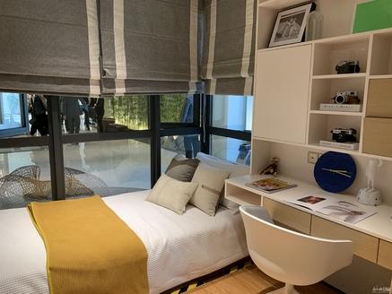 湖州东部 万达商圈 112平三房两厅洋房 价格美丽 看房联系我