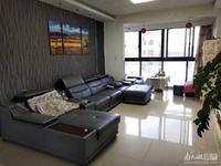 在水一方出售:精装修,面积:121平方,3室2厅2卫。精品小高层景观落地双阳台。