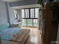 浅水湾8楼89.4平148万、精装,满两年,两室两厅。无车位。