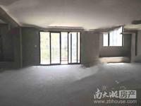 祥生悦山湖洋房4楼136.5平四室2厅2卫毛坯带车位储藏室一起340万看房方便