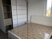 爱家华城出售:全新精装,124平方,3室2厅2卫1厨2阳台,报价:135万。