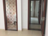 美欣家园:3室2厅2卫,精装修,120.25平方,1 5楼,报价:185万。