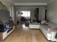 嘉业阳光城:3室2厅2卫,114平方,4 5楼,报价176万。