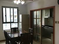 首创悦府出售:精装修,三室一厅二卫,面积:116.07平米,报价:206万元。
