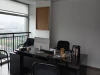 有钥匙出租新天地100平带办公家具带空调3500元/月写字楼