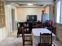 租3741 吉山西区 5楼良装 75平2室2厅 家电齐 天然气通 1250元