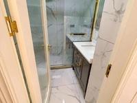 太湖丽景公寓出售:精装修,面积:94平方,1室1厅1卫,太湖边景观房。