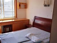 吉北二区6楼 二室半一厅 65平 良装 家电家具齐全 拎包入住 五中旁边